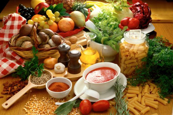 Duy trì chế độ ăn uống lành mạnh để nhanh hồi phục sau đốt viêm lộ tuyến