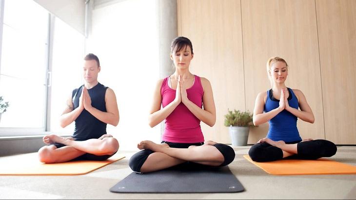 1. Yoga là gì? 1