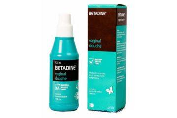 Betadine xanh rửa phụ khoa có tốt không? Điều chị em nên biết