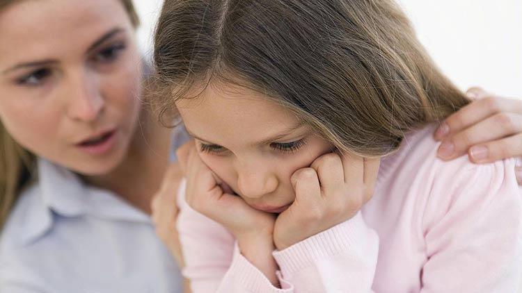 Khi vùng kín bé gái có mùi hôi, các mẹ phải làm gì? 1