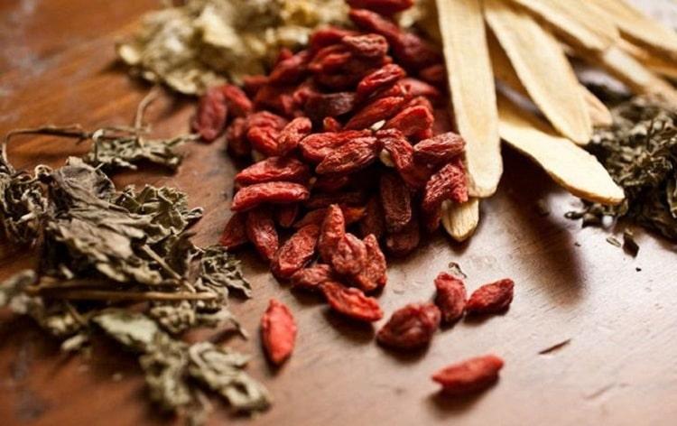 Giới thiệu một số bài thuốc Đông Y hay chữa viêm phần phụ hiệu quả