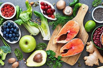 Phụ nữ nên ăn gì và kiêng gì để chống ung thư cổ tử cung